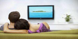 Konverter signalene fra VGA skjerm til HDMI TV